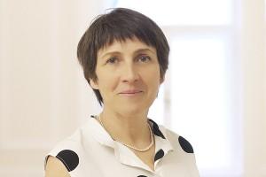 Dr. Andrea Vass